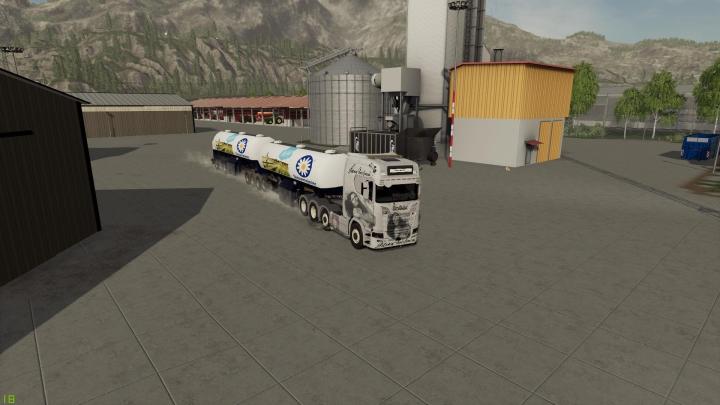 Trending mods today: Milk trailer Semi roadtrain v1.1.0.0