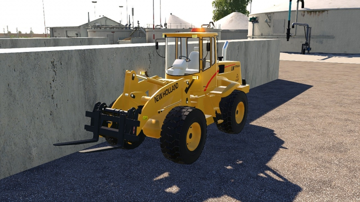 Trending mods today: New Holland LW170B Square Beacon (Edit)